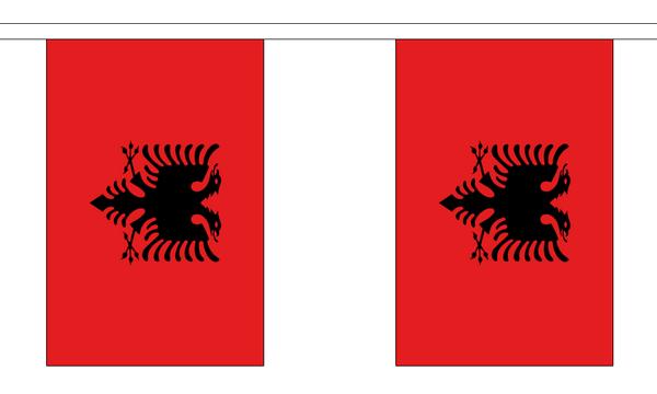 Albanien Länderkette 3 m - 10 Flaggen á 15x22,5cm